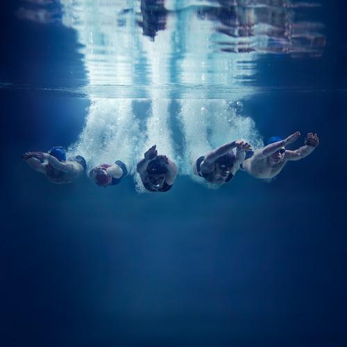 swimmer 96304343