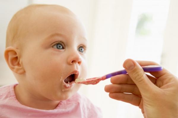 babyeating2