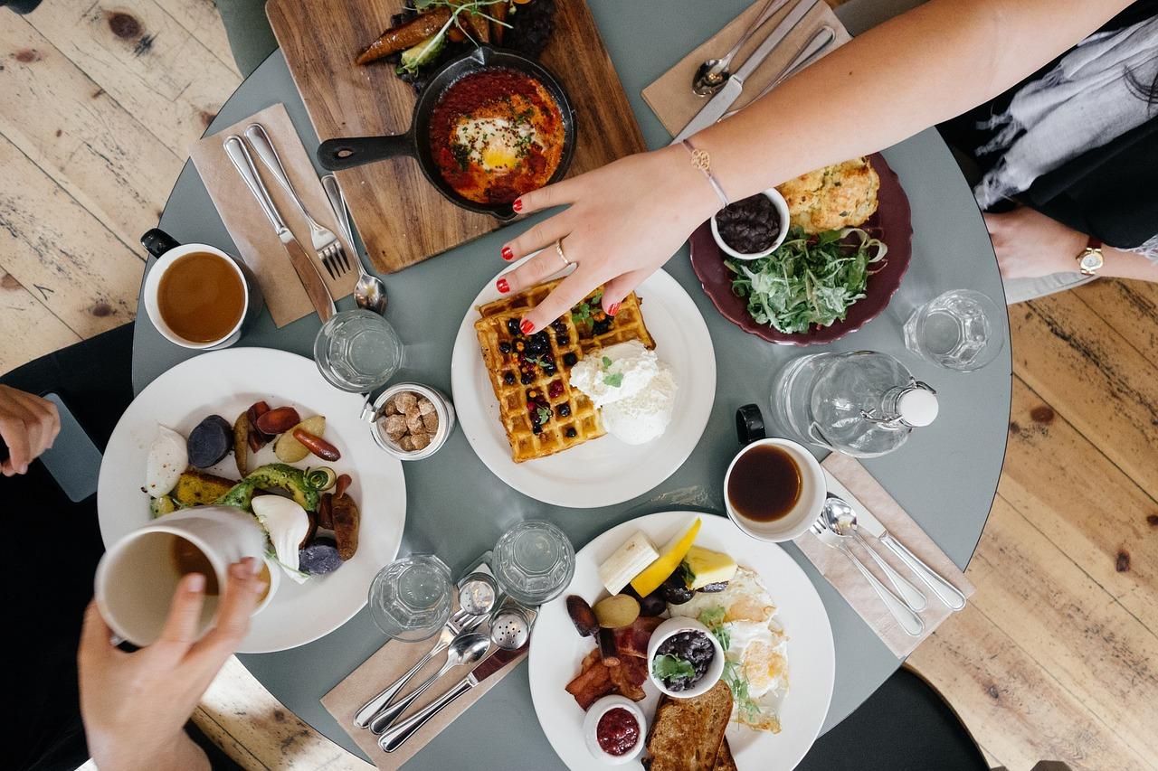 breakfast-690128 1280